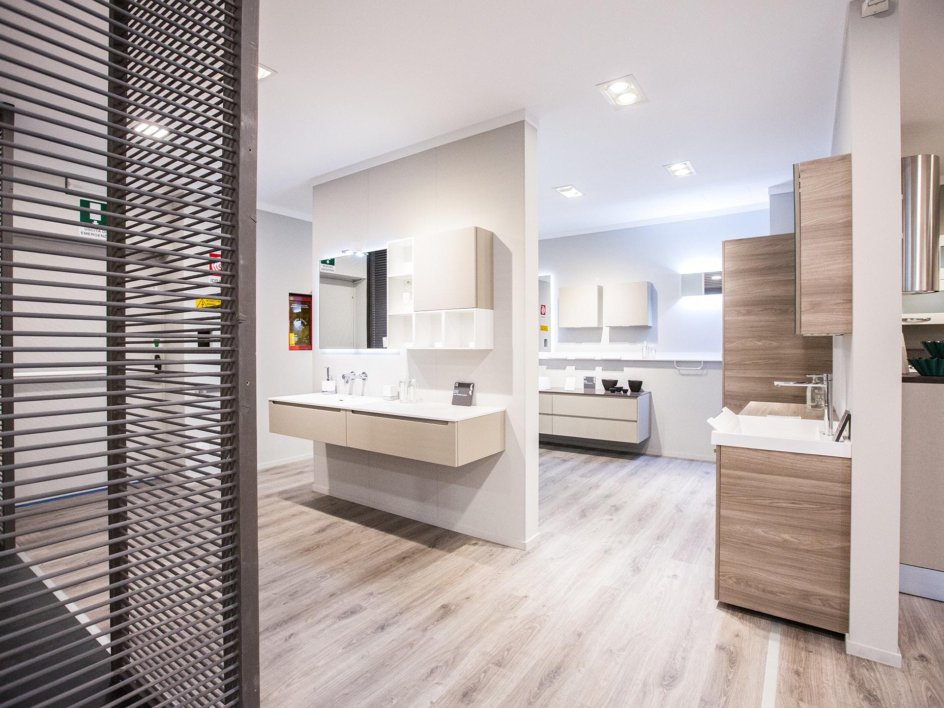 Carnero casa negozio di mobili orbassano arredamenti e for Format arredamenti orbassano